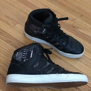 Adidas neo label leather with print high tops